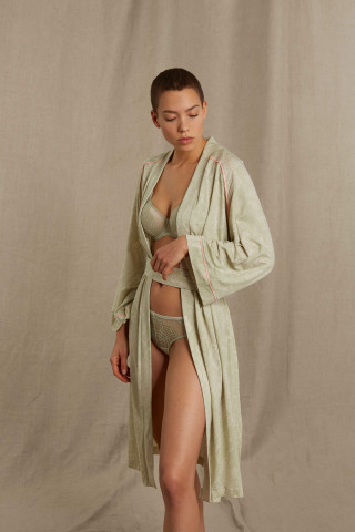 Frontansicht Kimono Mantel Mey Lounge 16281 | Mey Bodywear