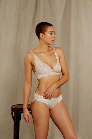 Frontansicht Triangel-BH | ohne Bügel Serie Legendary 74692 | Mey Bodywear
