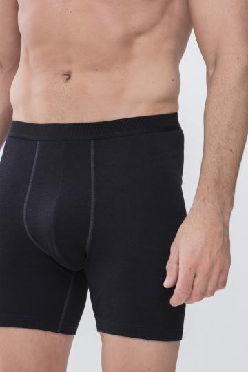 Frontansicht Long Shorts Serie Performance 42424 | Mey Bodywear