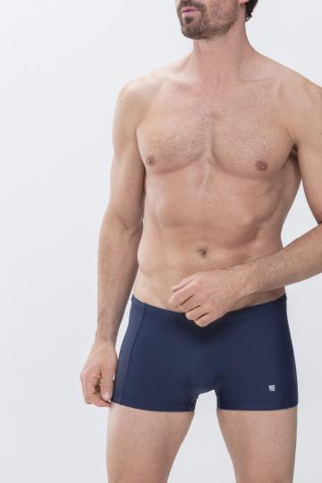 Frontansicht Bade-Shorty Serie Swimwear 44934 | mey®