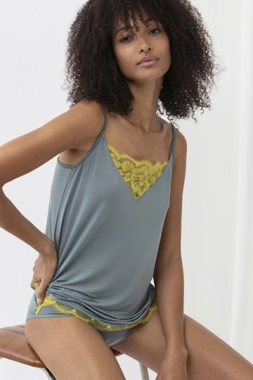 Frontansicht Camisol Serie Poetry Vogue 75514   Mey Bodywear
