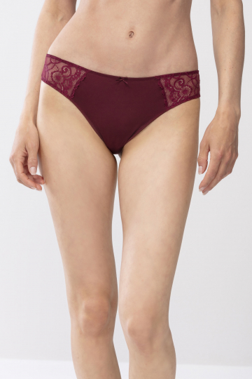 Frontansicht String Serie Amorous 79800 | Mey Bodywear