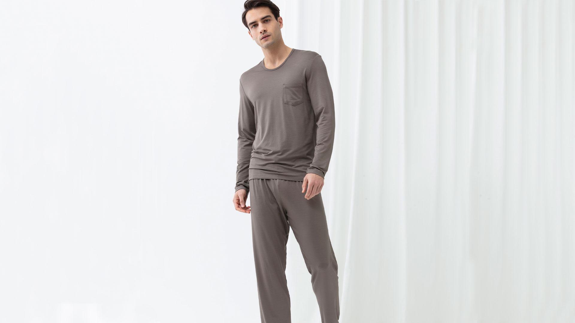 Gemütliche Nachtwäsche für Herren | mey®