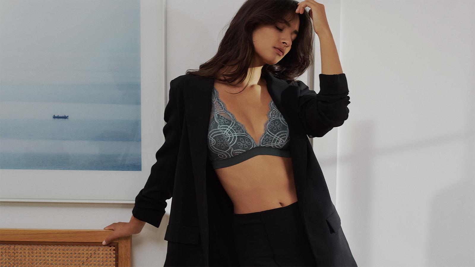 Die neusten Damen-Looks in der Trendfarbe Blau | mey®