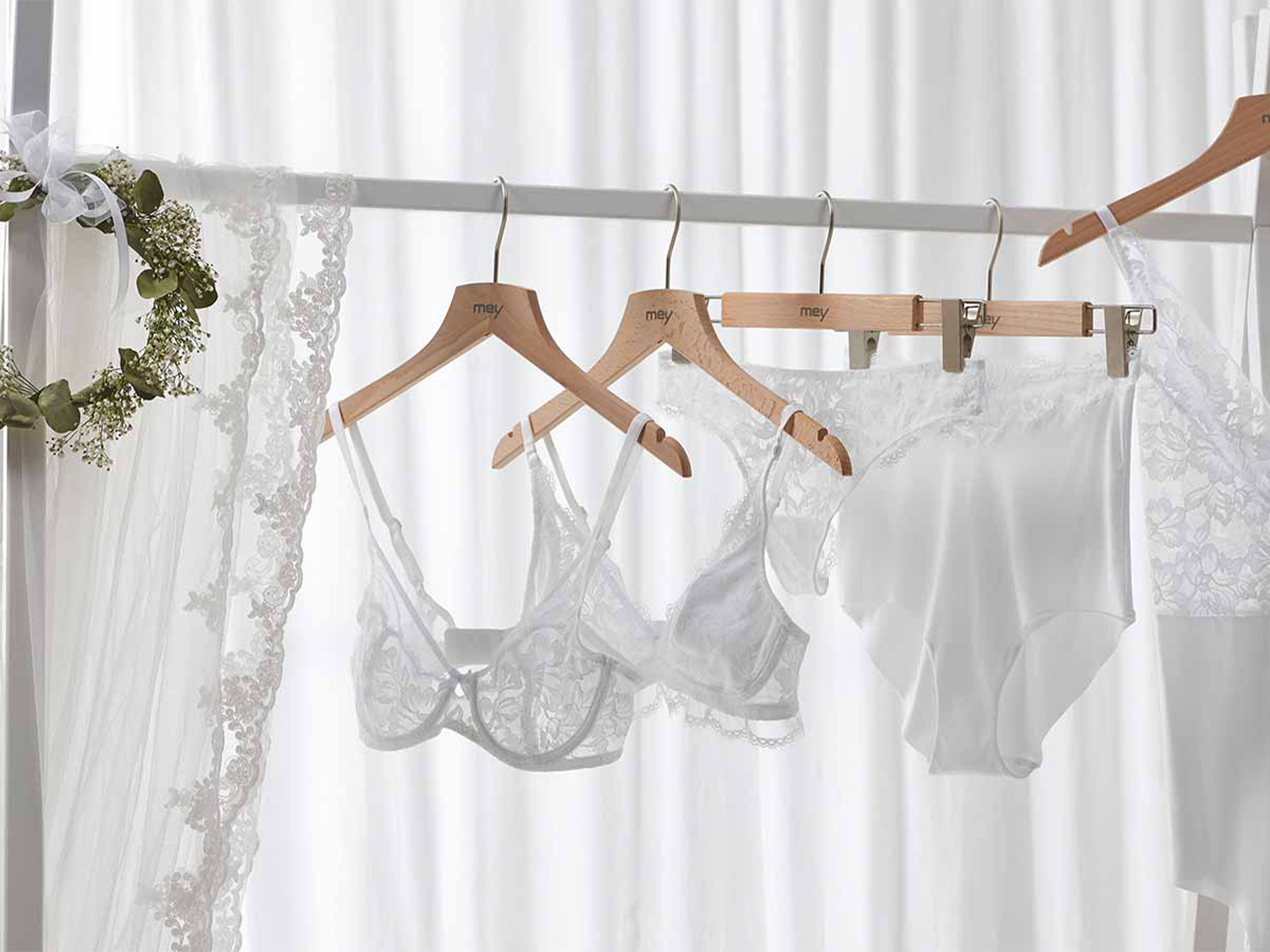 What do the bride and groom wear underneath?   mey®